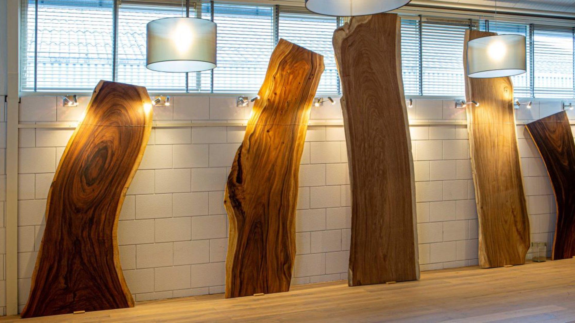 WoodTable